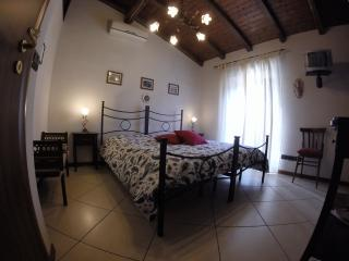 Cozy 2 bedroom Bed and Breakfast in Nicolosi - Nicolosi vacation rentals