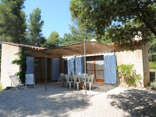 Perfect Villa with Internet Access and Shared Outdoor Pool - Le Beausset vacation rentals