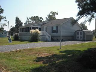 Best kept secret by the bay (Entire House) - Fishing Creek vacation rentals