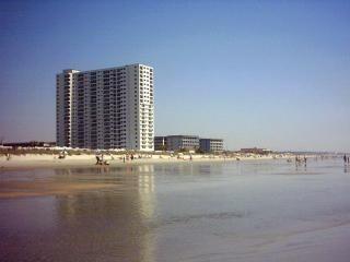 2BR/2BA in Oceanfront B Bldg at Myrtle Beach - Myrtle Beach vacation rentals