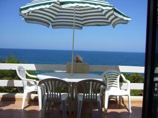 maison en Corse les pieds dans l'eau - Corsica vacation rentals