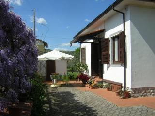 Casa Luisa - Massa vacation rentals