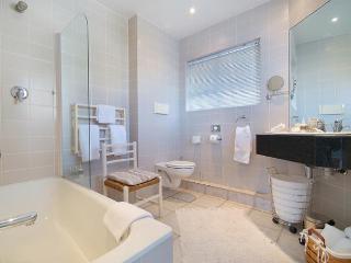 Perfect 2 bedroom Condo in Camps Bay - Camps Bay vacation rentals