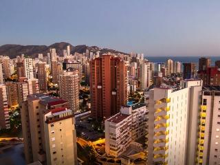 Apartment in Benidorm's center. Benidorm centro - Artazu vacation rentals