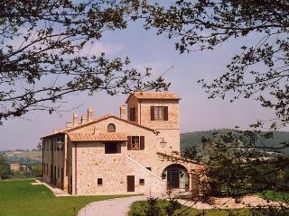 Villa Chieteno with Swimming Pool - Cetona vacation rentals
