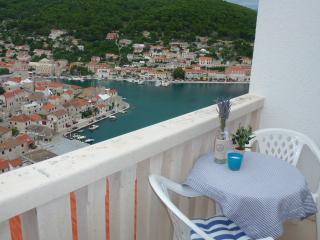5945  SA Jelena2 (2+1) - Pucisca - Pucisca vacation rentals