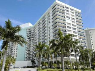 2/2 3505 S Ocean Drive 9th floor - Hollywood vacation rentals
