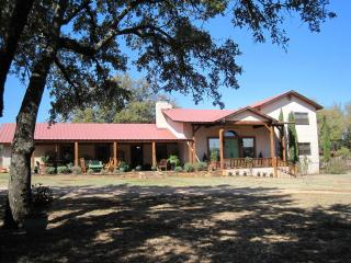 Kothmann Creek Inn - Mason vacation rentals