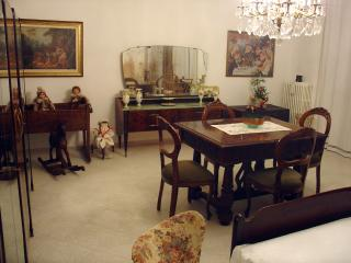 Convenient 2 bedroom B&B in Asti - Asti vacation rentals