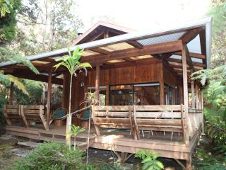Hale Iki - Honeymoon Chalet, Volcano - Hawaii - Volcano vacation rentals