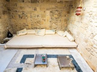 HORTO L'I KING - Lecce vacation rentals