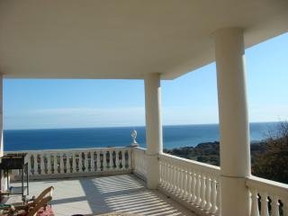 Cozy House with Internet Access and Television - Santa Lucia di Moriani vacation rentals