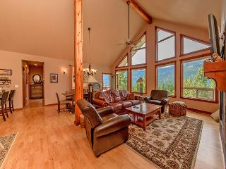 3 for 2 Fall Special! Big Views from Beargrass Lodge! Hot Tub | Wi-Fi - Roslyn vacation rentals
