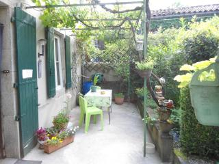 Lovely Albine Gite rental with Internet Access - Albine vacation rentals