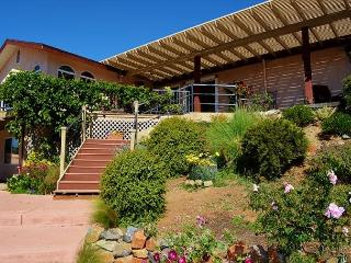 Gorgeous Lake Hodges View Home, Escondido CA - San Diego County vacation rentals