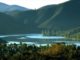 Lake Hodges (Southwest Escondido) Hilltop Estate - Escondido vacation rentals