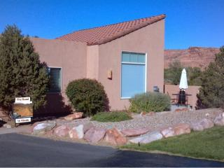 3 bedroom Apartment with Internet Access in Moab - Moab vacation rentals