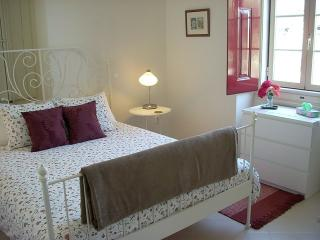 Serra São Mamede B&B/Self-catering apartment:Hoiho - Portalegre vacation rentals