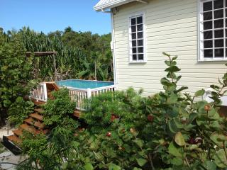 2 bedroom House with Internet Access in Caye Caulker - Caye Caulker vacation rentals