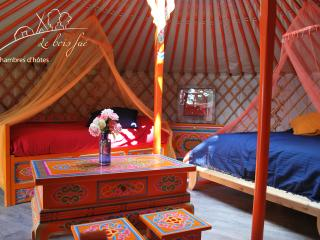 Adorable La Bastide vacation Yurt with Outdoor Dining Area - La Bastide vacation rentals