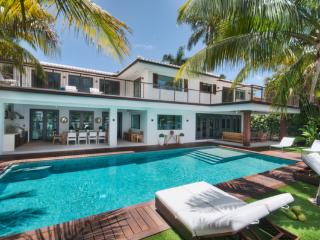 Sinatra - Perfect Fusion of Modern and Balinese - Miami Beach vacation rentals