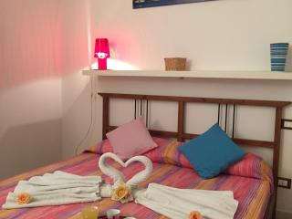 One room apartment (up to 5 people) - old town - Trapani vacation rentals