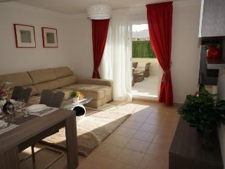 A new modern 3 bedroom townhouse in Playa Fanabe - Playa de Fanabe vacation rentals