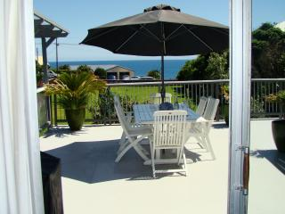 Seven Heaven - Beautiful Large Beach House - New Plymouth vacation rentals