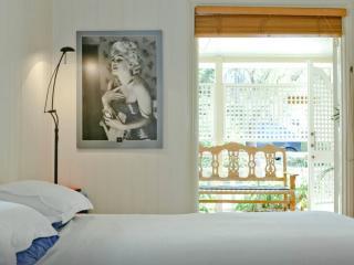 Charming 2 bedroom Apartment in Brisbane - Brisbane vacation rentals