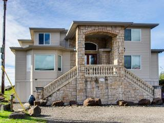 Luxury Beach Villa - sleeps 10 - Oregon Coast vacation rentals