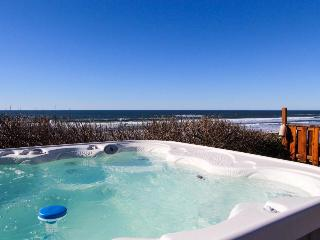 Oceanfront, single-level home with hot tub. Dogs okay! - South Beach vacation rentals