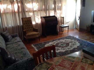 Charming Cottage-- Home from home - Birmingham vacation rentals