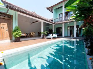 Perfect House with Deck and Internet Access - Kerobokan vacation rentals