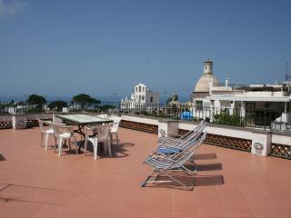 Appartamento centrale Casa della Conciglia - Capri - Anacapri vacation rentals