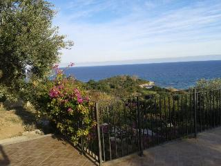 TORTOLI: A COZY VACATION HOUSE AT 280 MT FROM THE - Arbatax vacation rentals