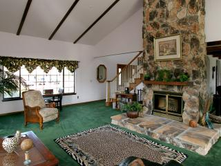 Mountain Top Estate on 20 acres - Boulder Creek vacation rentals