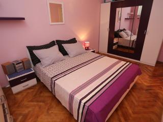 Nice 3 bedroom Apartment in Split - Split vacation rentals