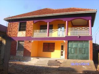 Just for Pleasure, Make your Vacation in Kampala a - Kireka vacation rentals