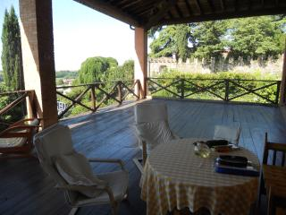 Nice Bed and Breakfast with Ping Pong Table and Central Heating - Cazzago San martino vacation rentals
