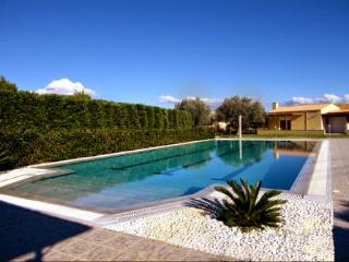Nice Bungalow with Internet Access and A/C - Kalamos vacation rentals