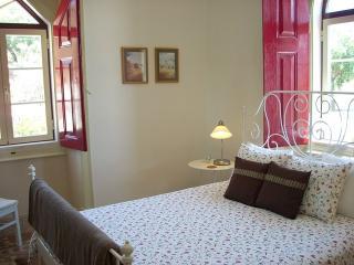 Serra São Mamede B&B/Self-catering apartment: Kiwi - Portalegre vacation rentals