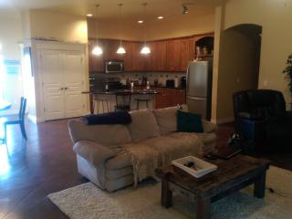 Spacious, Resort Style Home! - Oklahoma vacation rentals