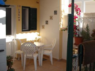 sunny patio flat lisbon Vale do Tejo - Montijo vacation rentals