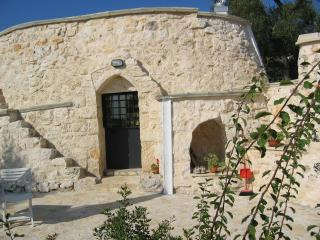 Charming Ostuni Trullo rental with Linens Provided - Ostuni vacation rentals