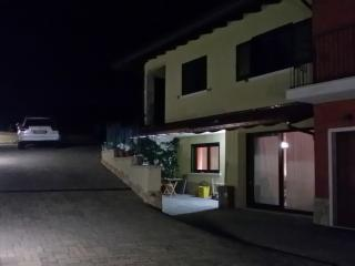 2 bedroom Apartment with Porch in Scoppito - Scoppito vacation rentals