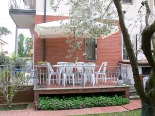 Cozy 3 bedroom Villa in Tonfano - Tonfano vacation rentals