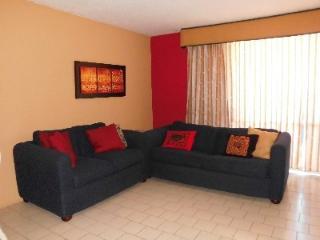 Best location-steps away from El San Juan Resort - Carolina vacation rentals
