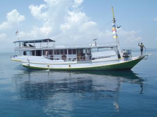 Cozy Boathouse with Deck and Cleaning Service - Labuan Bajo vacation rentals