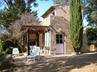 Les Bougainvilliers - La Croix-Valmer vacation rentals