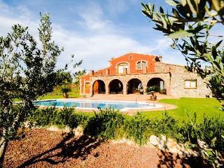 Superbe Masia Catalane sur le Golf - Peralada vacation rentals